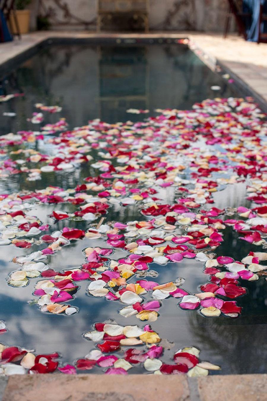 DECORACIÓN DE PISCINAS piscina-flores