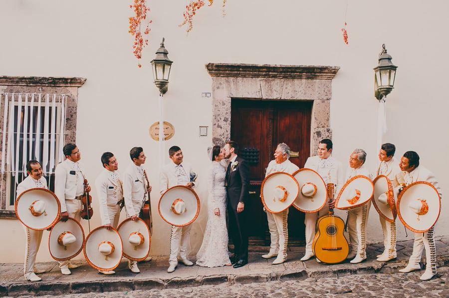 BODA INSPIRACIÓN FRIDA KAHLO bodas-mejicanas