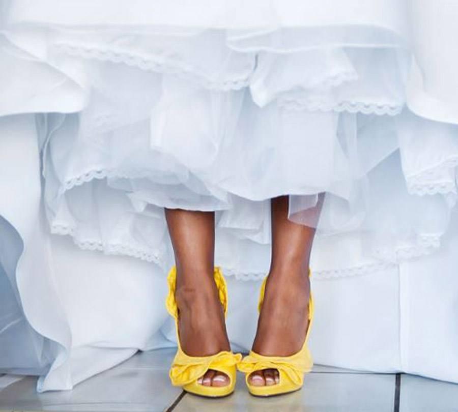 ZAPATOS DE NOVIA CON COLOR zapatos-novia-color