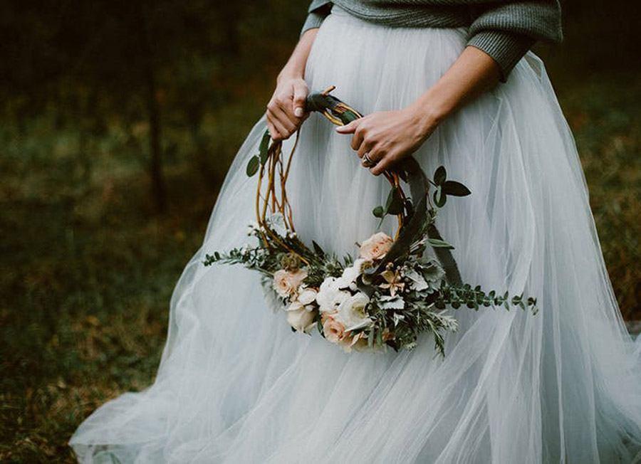 RAMOS DE NOVIA CON CORONAS DE FLORES ramo-de-novia-corona-flores