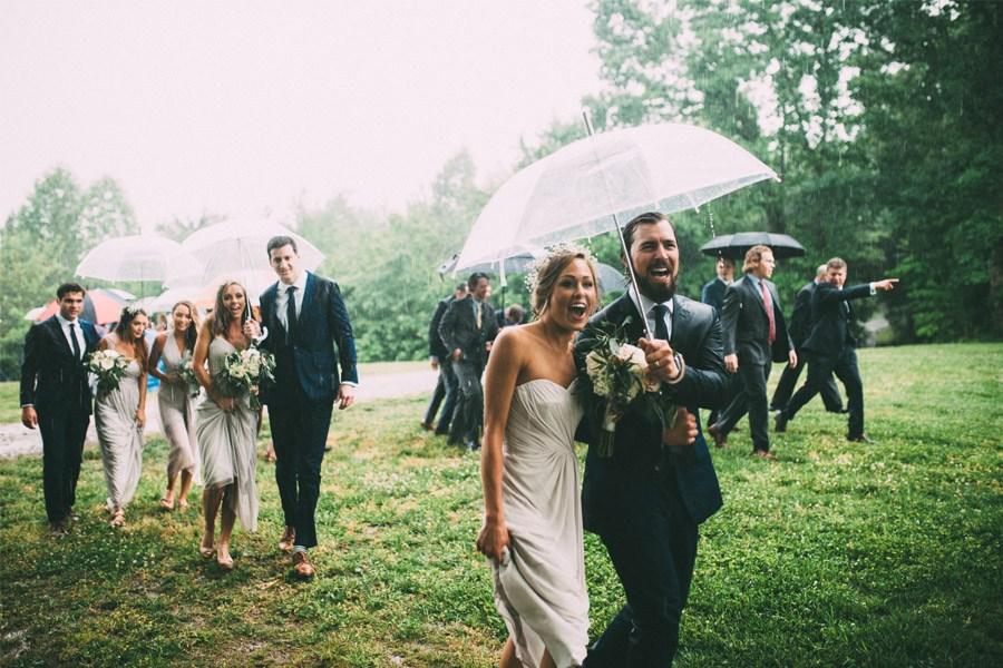 BODA LLUVIOSA, NOVIA DICHOSA boda-con-lluvia