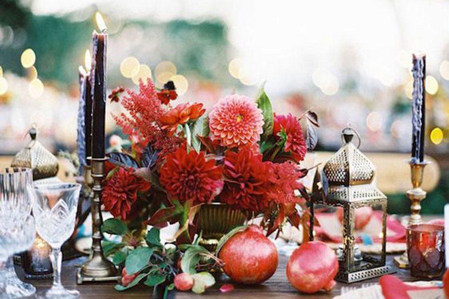 DECORACIÓN CON GRANADAS mesa-boda-granadas