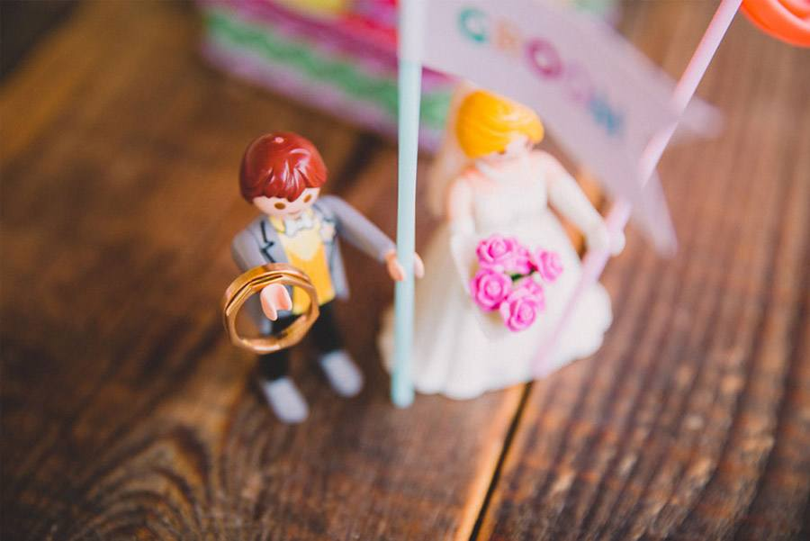 UNA BODA A TODO COLOR novios-playmobil