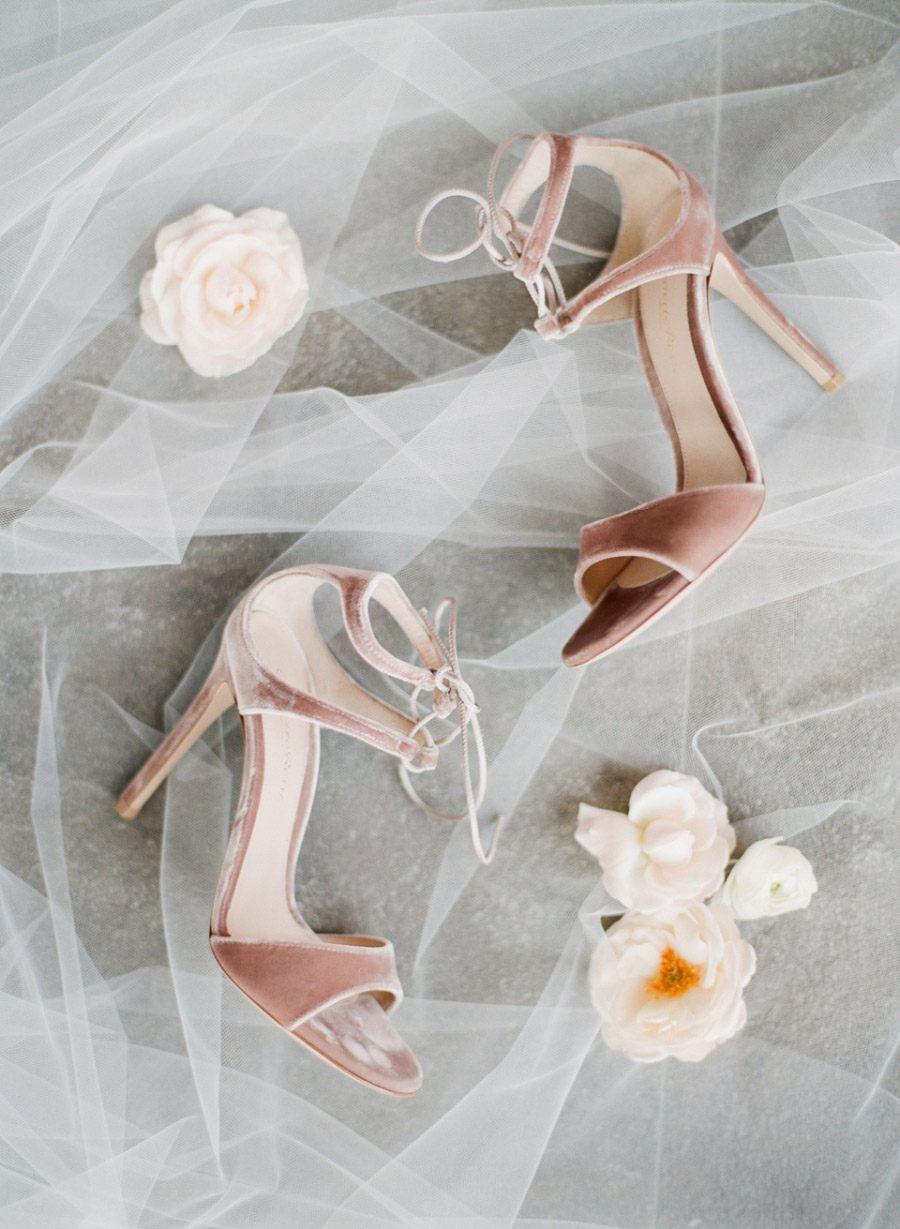 ZAPATOS DE NOVIA DE TERCIOPELO zapatos-novia-terciopelo