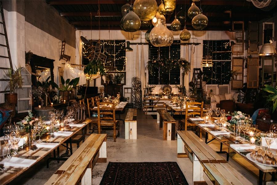 NATASHA & RAMON: ROMÁNTICA BODA EN UN ESPACIO SINGULAR boda-cena