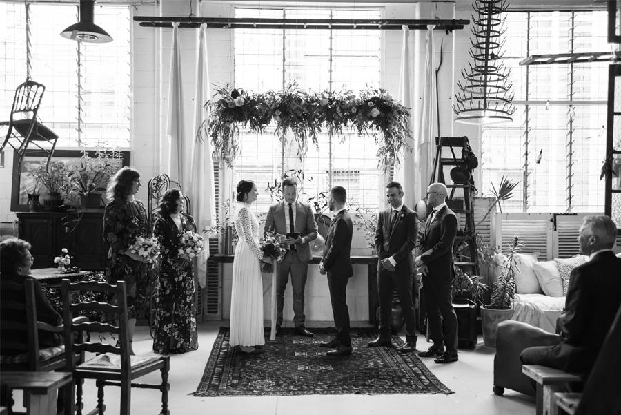 NATASHA & RAMON: ROMÁNTICA BODA EN UN ESPACIO SINGULAR boda-ceremonia