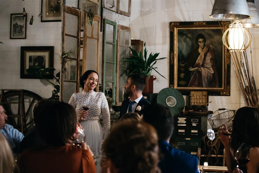 NATASHA & RAMON: ROMÁNTICA BODA EN UN ESPACIO SINGULAR boda-invitados