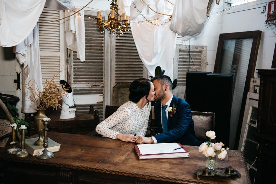 NATASHA & RAMON: ROMÁNTICA BODA EN UN ESPACIO SINGULAR boda-novios