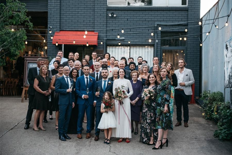 NATASHA & RAMON: ROMÁNTICA BODA EN UN ESPACIO SINGULAR invitados-boda