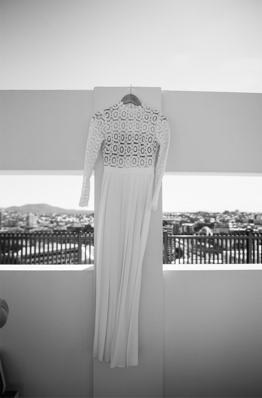 NATASHA & RAMON: ROMÁNTICA BODA EN UN ESPACIO SINGULAR vestido-novia-1