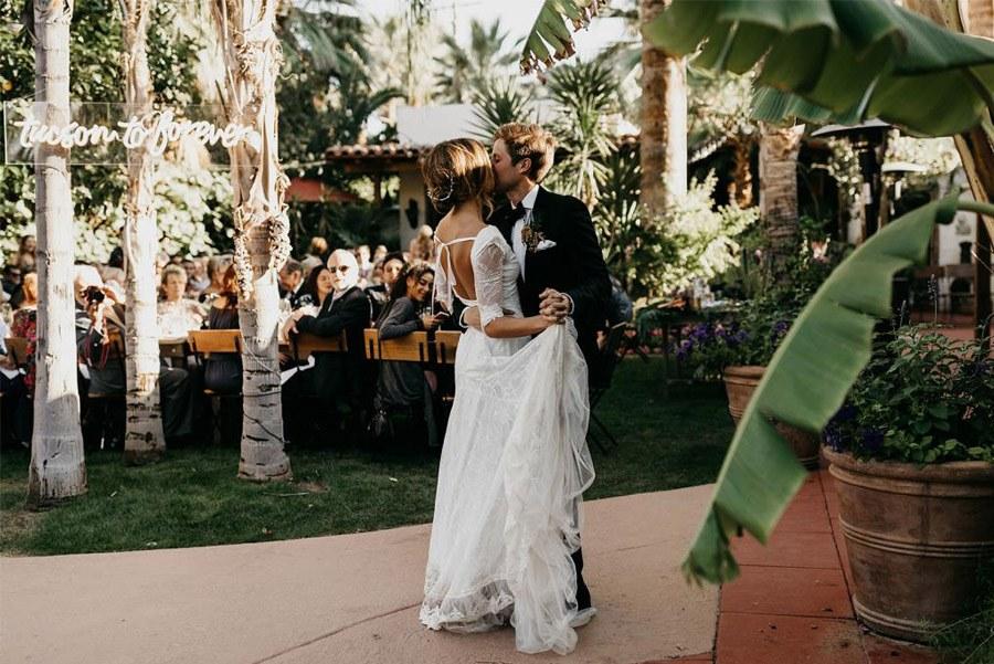 JASON & DANIELLE: EL AMOR ESTÁ EN EL AIRE boda-verano
