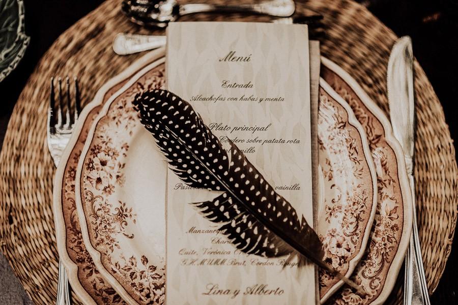 UNA BODA ÍNTIMA EN PORTUGAL vajilla-boda