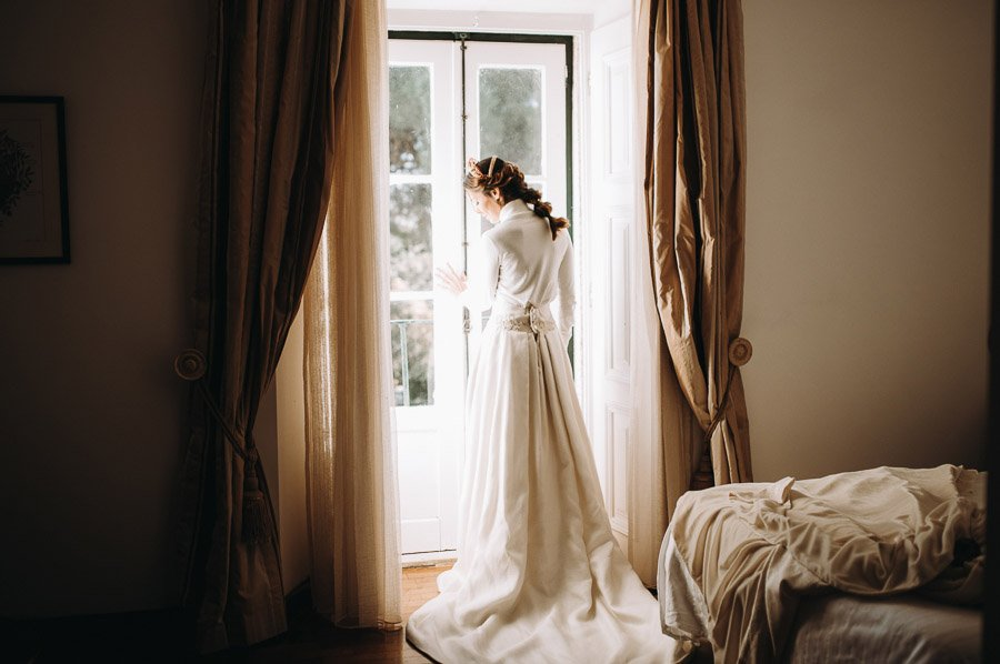 UNA BODA ÍNTIMA EN PORTUGAL vestido-novia