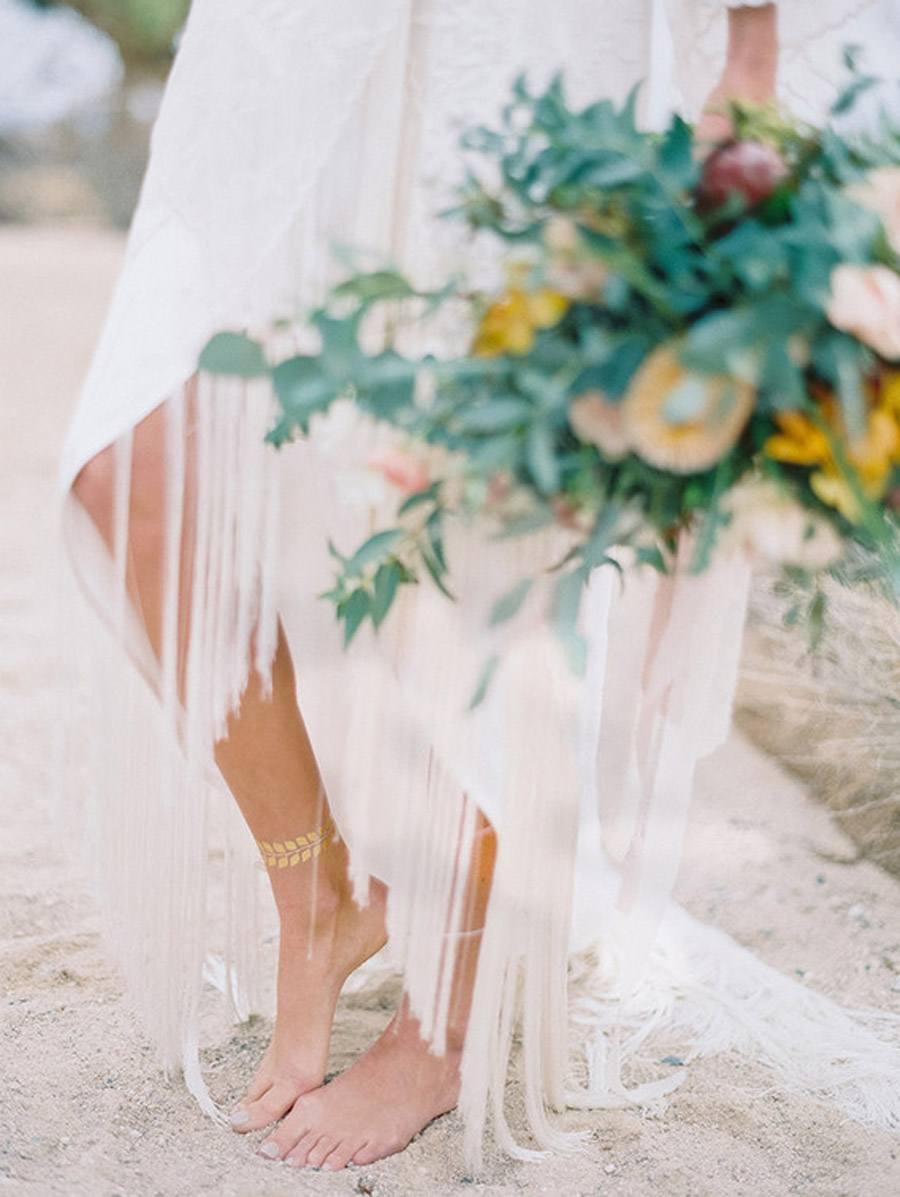 INSPIRACIÓN BOHEMIA EN EL DESIERTO novias-boho