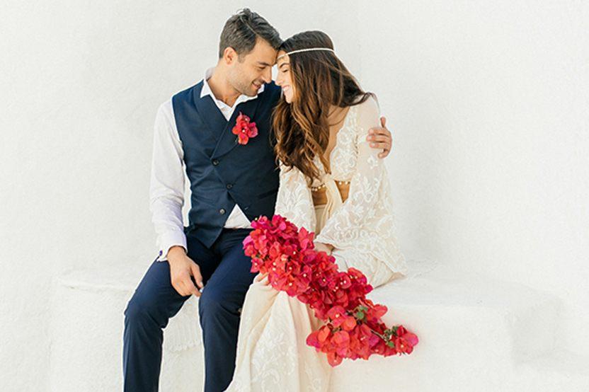UNA BODA GRIEGA JUNTO AL MAR novios-boda-griega