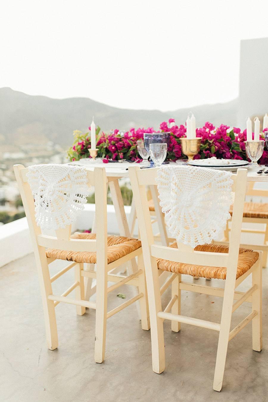 UNA BODA GRIEGA JUNTO AL MAR sillas-boda-griega