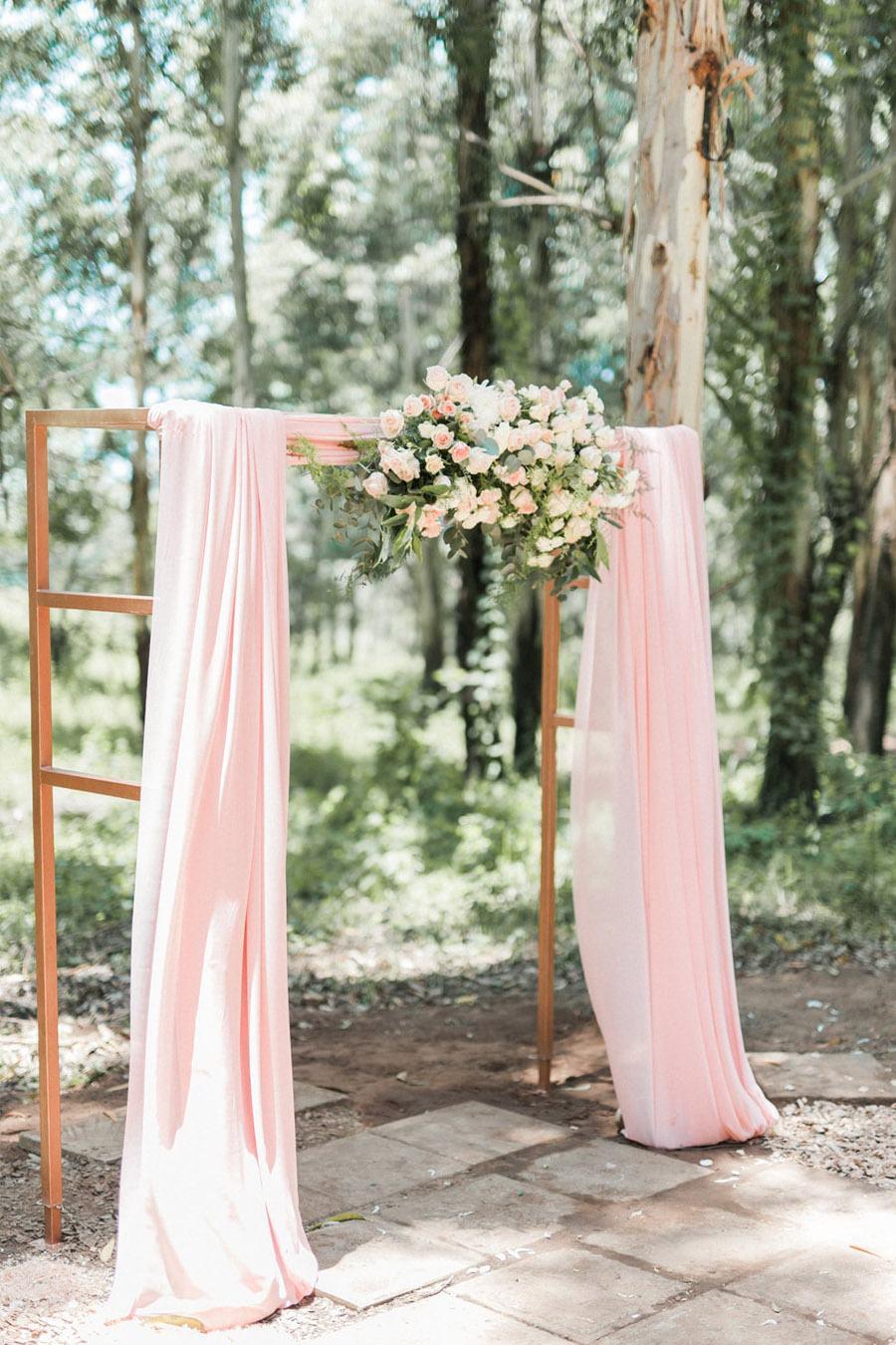 Decoración de boda rosa y dorado - Boda rústica 1
