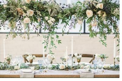 INSPIRACIÓN: CANDELABROS DE FLORES SUSPENDIDOS candelabros-flores