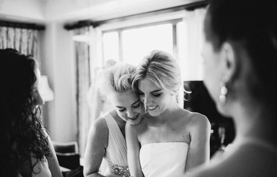 HAYLEY & CHRIS: ROMÁNTICA BODA EN NUEVA YORK amigas-novia