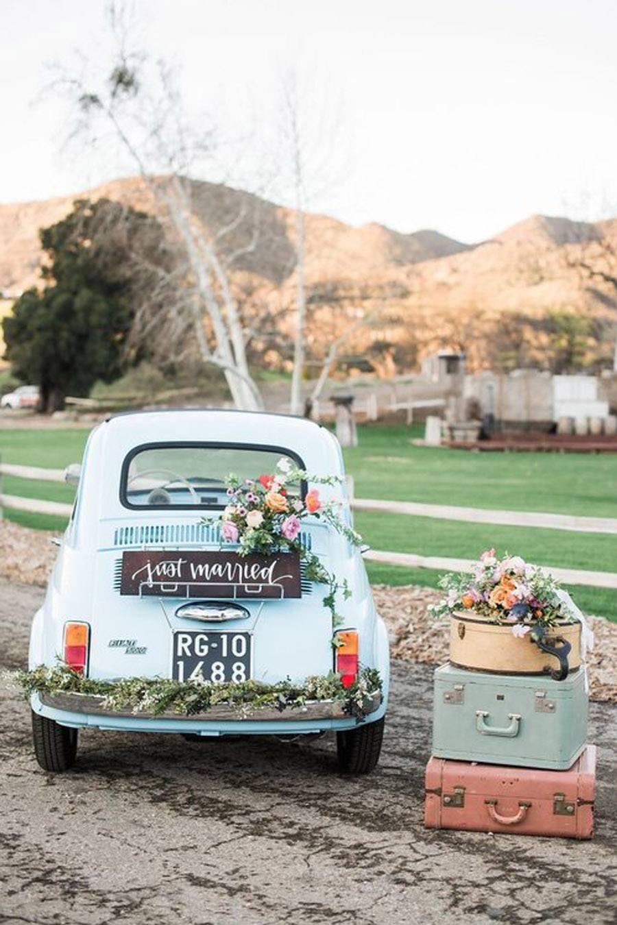 AMOR SOBRE RUEDAS coches-de-boda