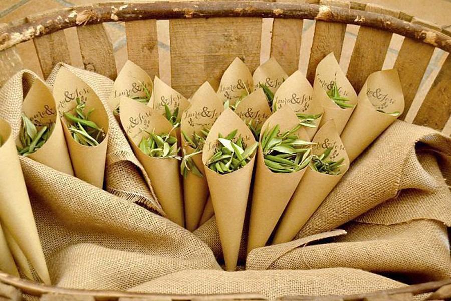 CONFETTI DE HOJAS DE OLIVO confetti-boda-hojas-olivo