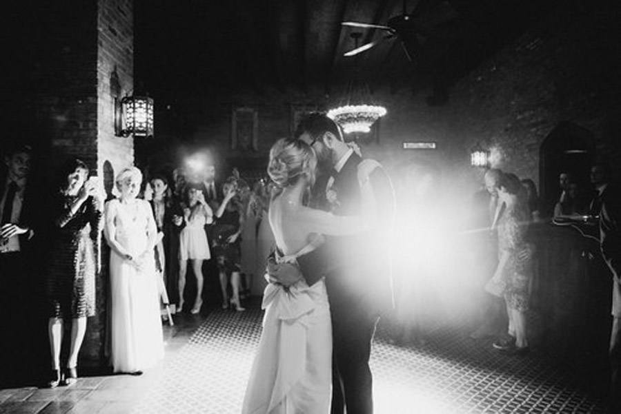 HAYLEY & CHRIS: ROMÁNTICA BODA EN NUEVA YORK novios-baile