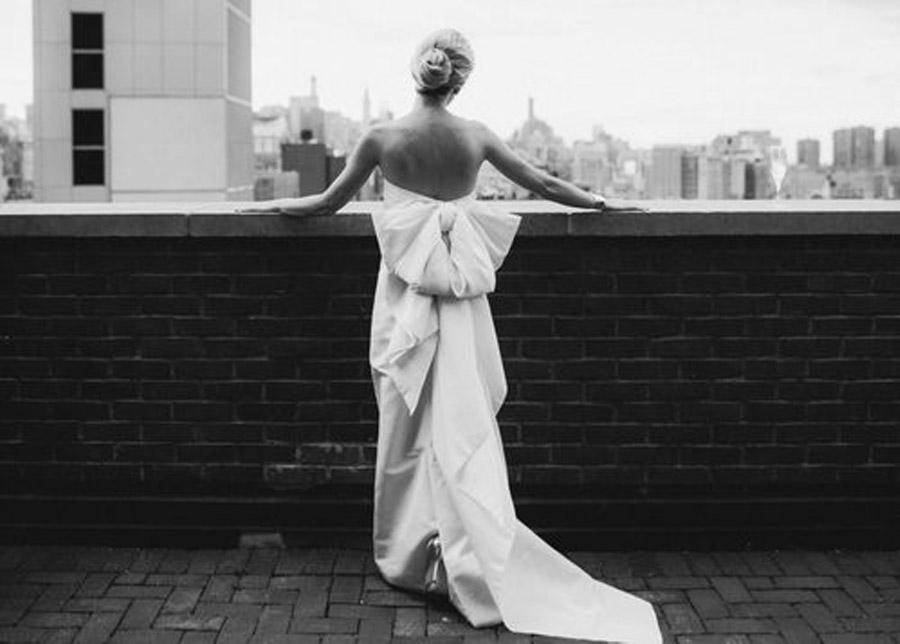 HAYLEY & CHRIS: ROMÁNTICA BODA EN NUEVA YORK vestido-novia-lazo