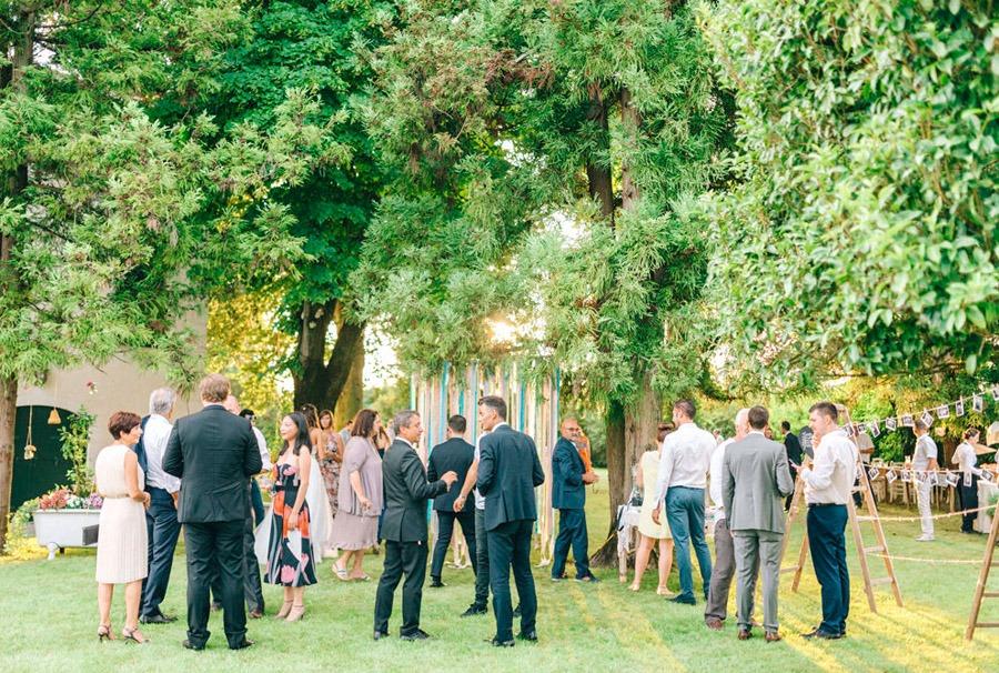 LIALA, ANDREAS Y SU PRECIOSA BODA ITALIANA invitados-boda-campo