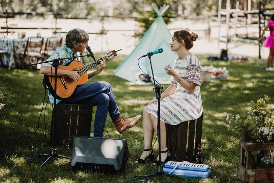 NATALIA & DAVID: UNA SENCILLA BODA DE CAMPO musica-boda