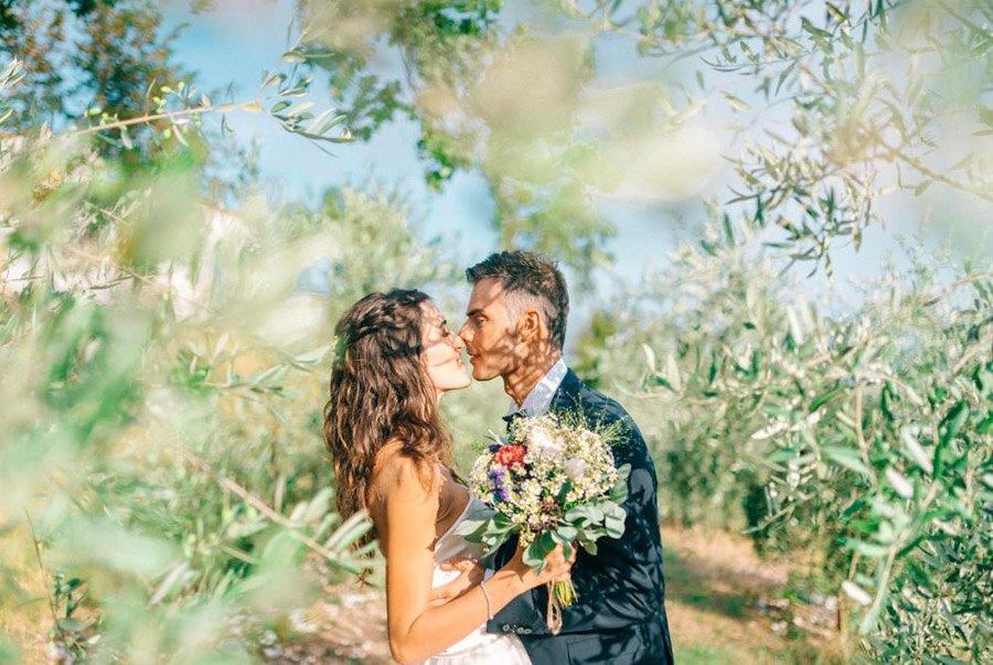 LIALA, ANDREAS Y SU PRECIOSA BODA ITALIANA novios-boda-campo