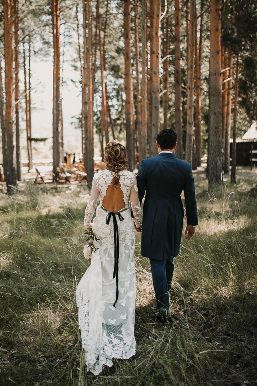 NATALIA & DAVID: UNA SENCILLA BODA DE CAMPO vestido-novia-lazo