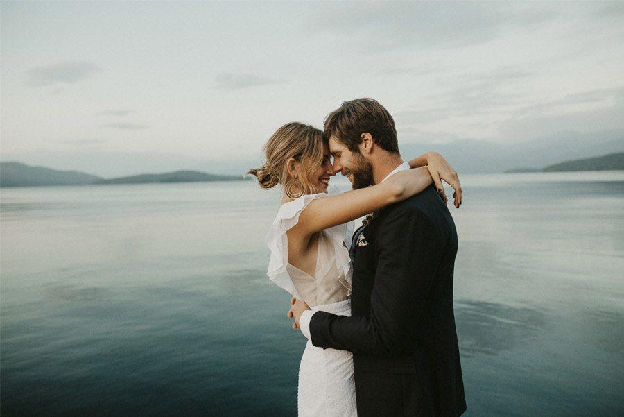 UNA BODA CON SABOR A OTOÑO pareja-novios