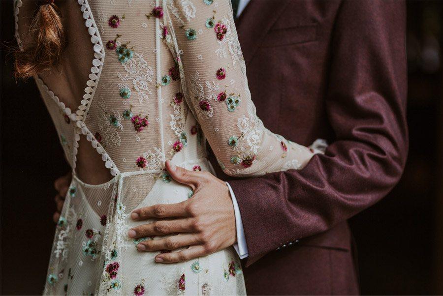 LOS TOCADOS ARTESANALES DE DIGOCCA vestido-novia