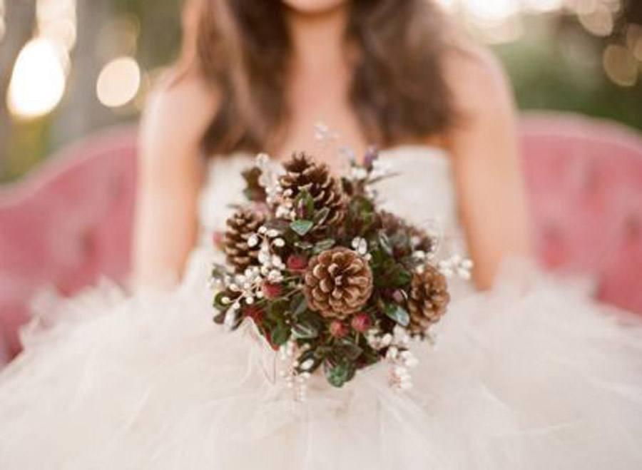 RAMOS DE NOVIA CON PIÑAS bouquet-novia-piñas