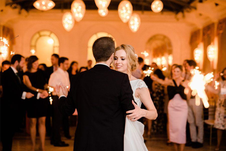 JULIO & ANITA: ROMÁNTICA BODA EN BUDAPEST novios-baile