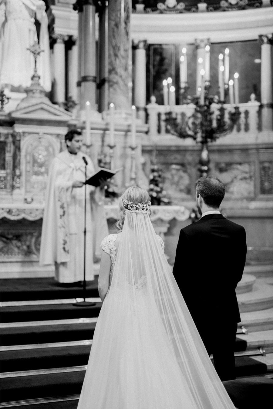 JULIO & ANITA: ROMÁNTICA BODA EN BUDAPEST novios-ceremonia