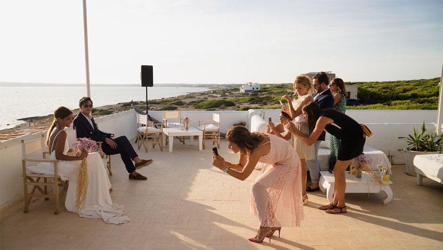 MARIE & JULES: DE NAMIBIA A FORMENTERA (PARTE II) aperitivo-boda-1
