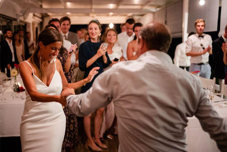 MARIE & JULES: DE NAMIBIA A FORMENTERA (PARTE II) baile-padre-novia