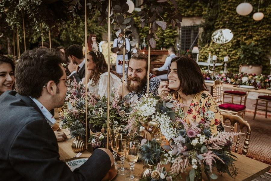 UNA FIESTA EN CAN RIBAS invitados-boda-1