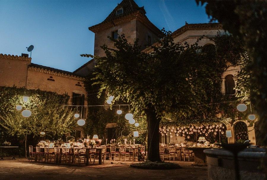 UNA FIESTA EN CAN RIBAS mesas-boda-verano