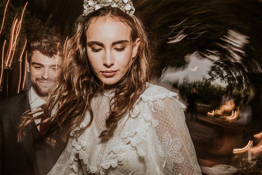 UNA FIESTA EN CAN RIBAS novia-baile