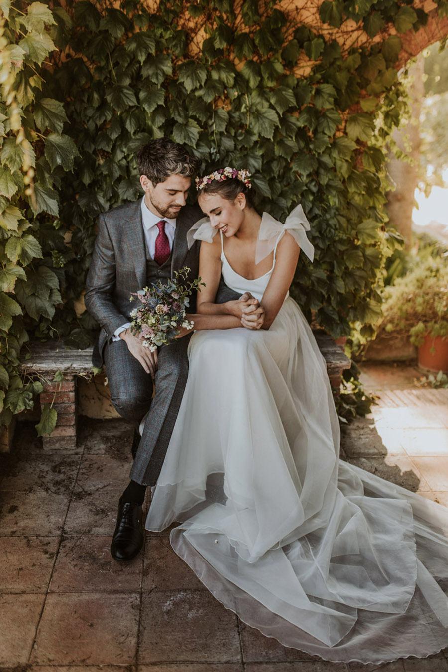 UNA FIESTA EN CAN RIBAS pareja-novios