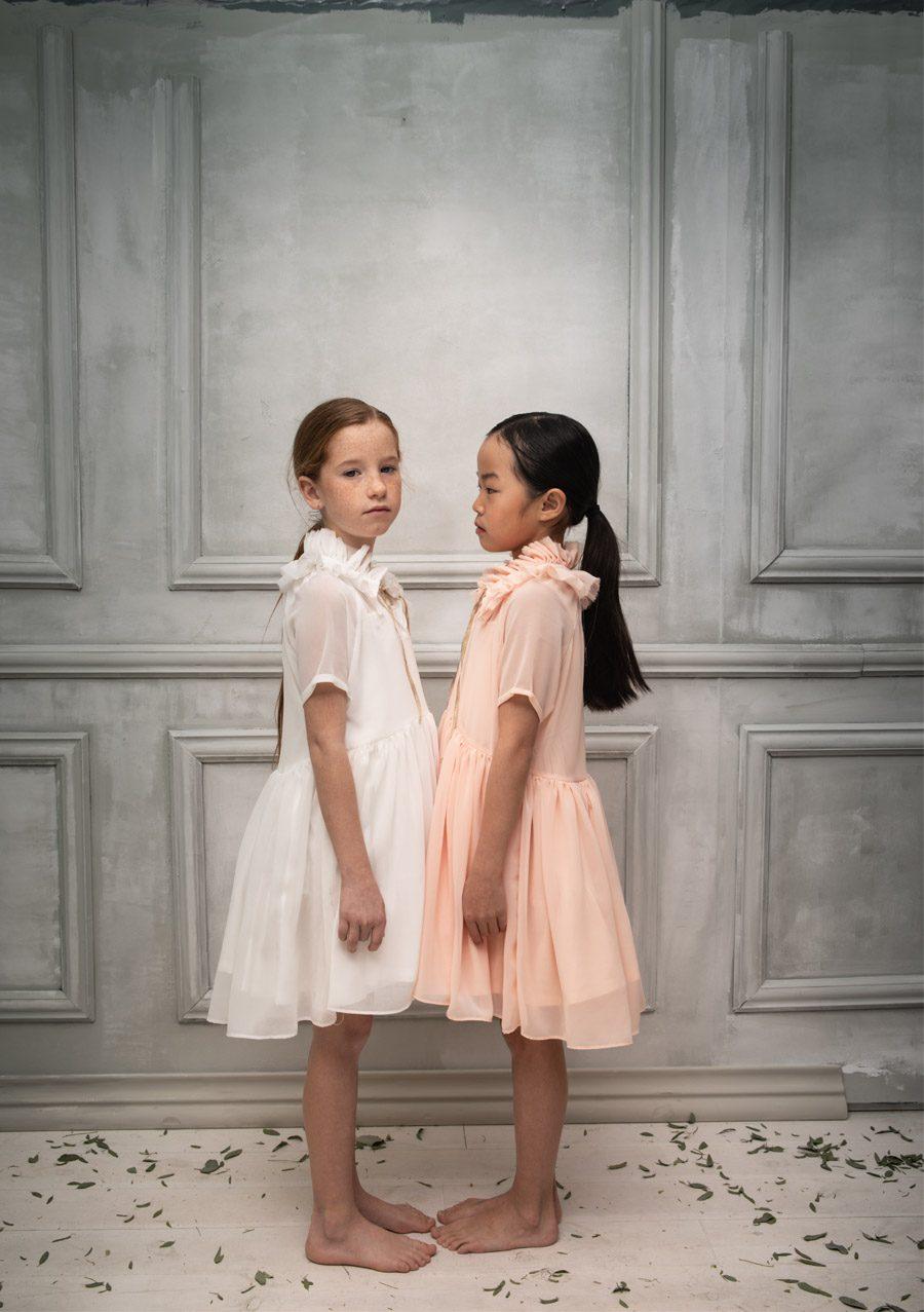 COSMOSOPHIE, NUEVA FIRMA INFANTIL DE CEREMONIA niñas-arras