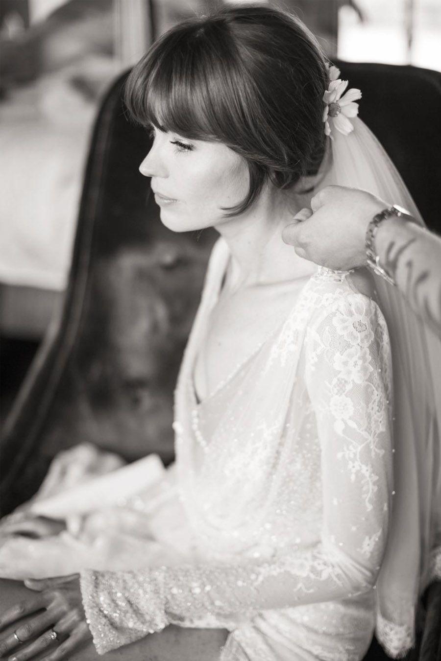EMMA & CHRIS: ELEGANTE BODA EN MALIBÚ novia-velo