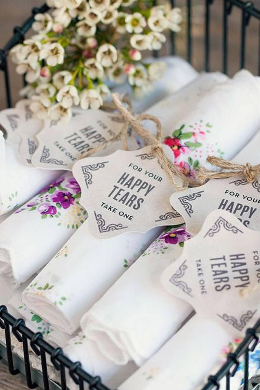 LÁGRIMAS DE FELICIDAD bodas-regalo-pañuelos