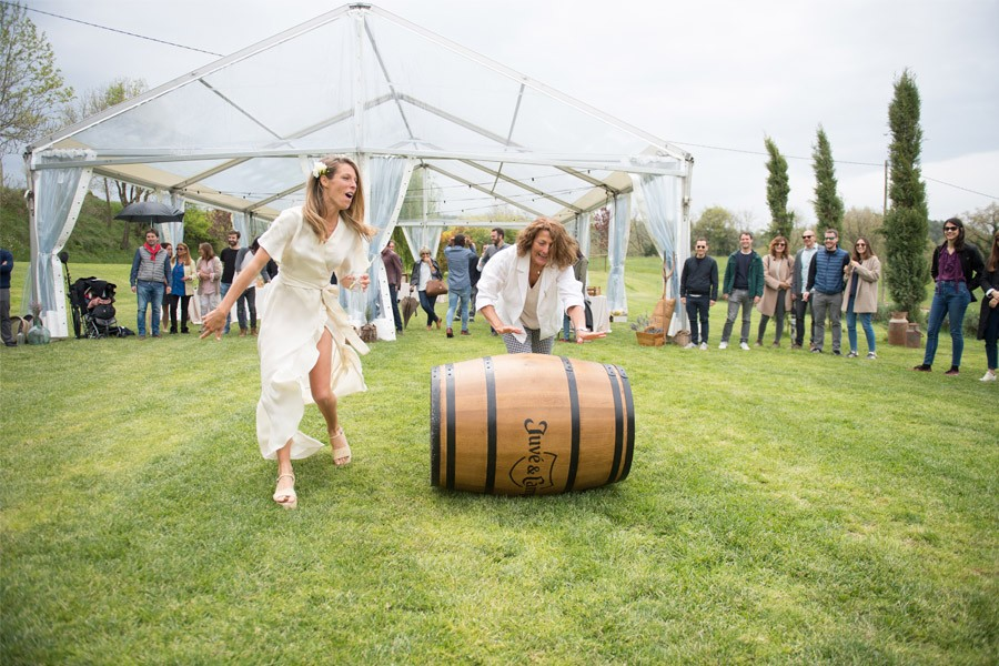 ELI & JOAN: UNA BODA DE FIESTA MAYOR juegos-boda