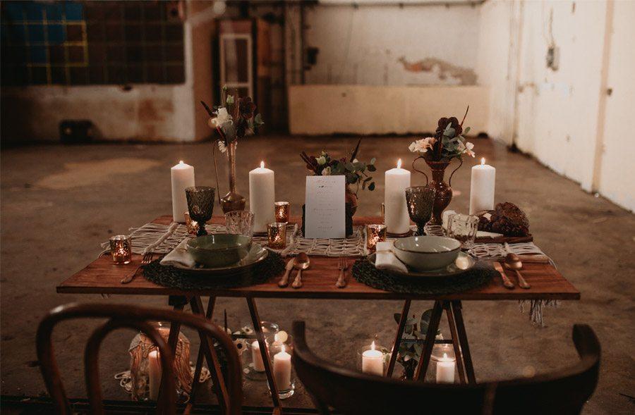 SECRETLY mesa-boda