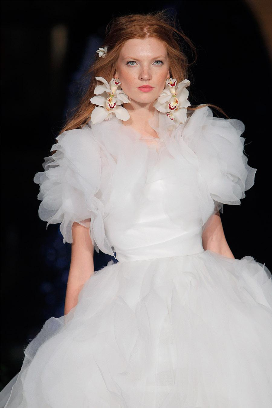 MARCHESA PROTAGONIZA LA BARCELONA BRIDAL NIGHT novia-marchesa-2020