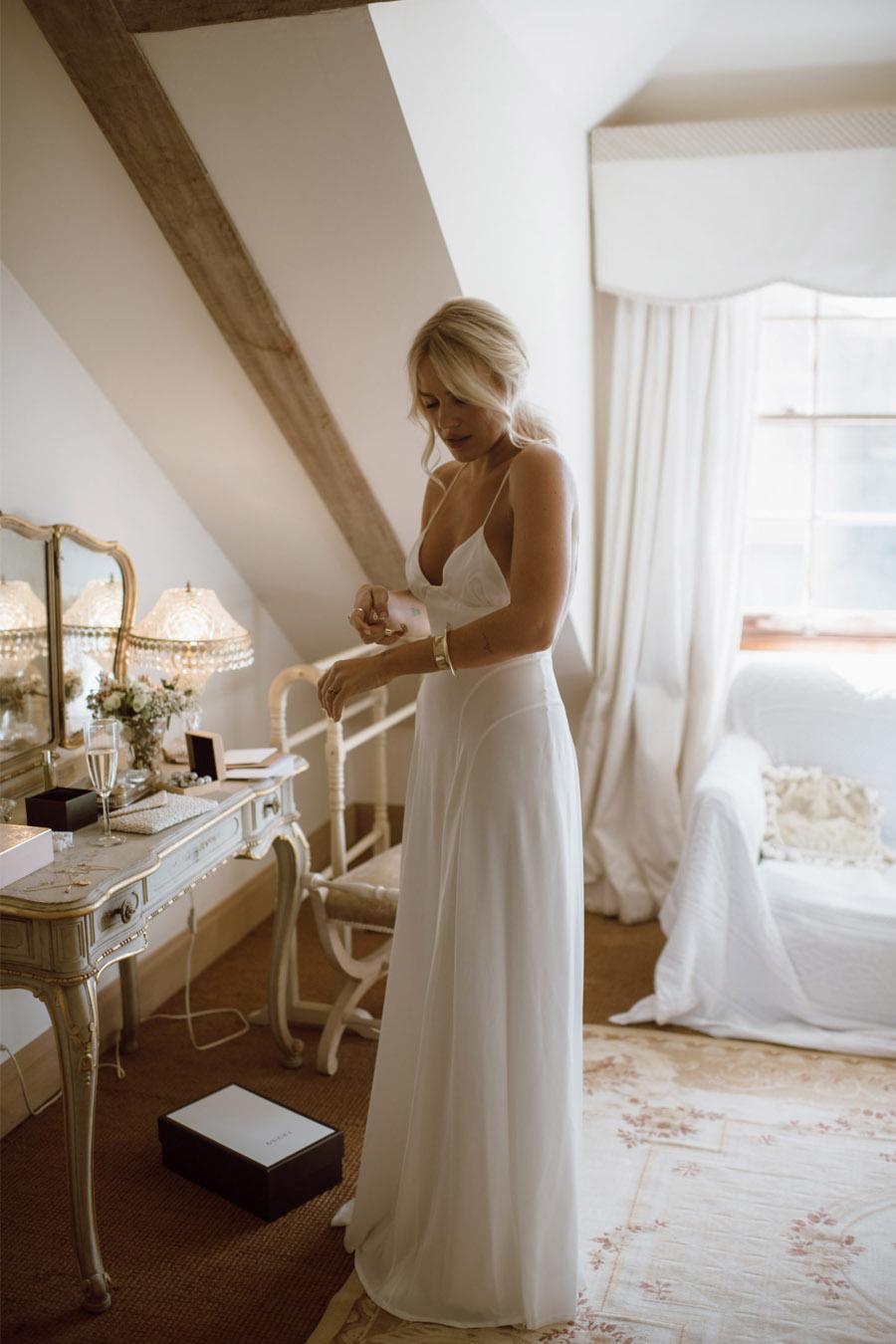 LA NOVIA DEL VELO DE PERLAS vestido-novia