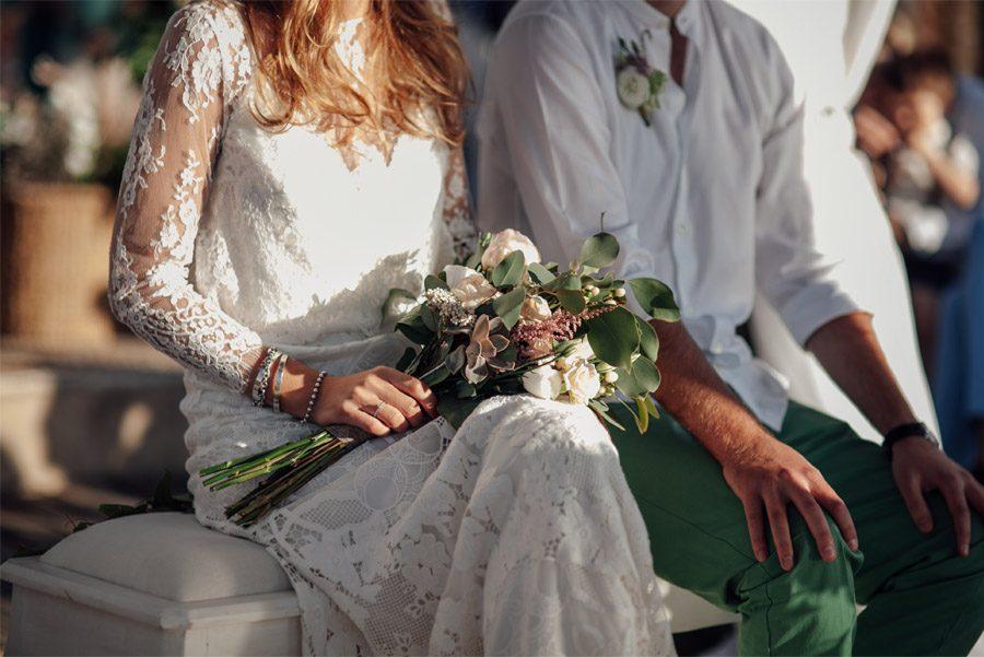 CAROLE & TARAS: DE SUIZA AL MEDITERRÁNEO bodas-en-la-playa
